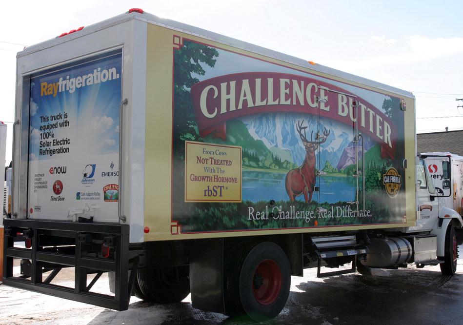 This Challenge Dairy refrigerated delivery truck is equipped with eNow's 'Rayfrigeration' solar system (solar panels are located on the vehicle's roof). Solar energy powers the refrigeration unit during the truck's daily delivery cycle.