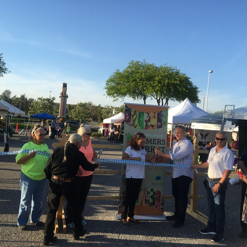 Ribbon cutting ceremony for The Valley Patch Farmer's Market