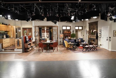 """Universal Studios Hollywood Adds NBC's """"Will & Grace"""" Set Visits to its Exclusive Behind-the-Scenes VIP Experience"""