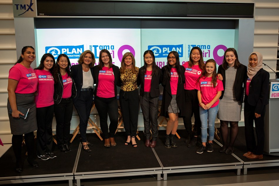 Former Conservative Leader Rona Ambrose and CTV National News Chief Anchor Lisa LaFlamme are joined by a group of young women leaders at a Plan International Canada youth panel at the Toronto Stock Exchange in celebration of International Day of the Girl on Oct. 11. (CNW Group/Plan International Canada)