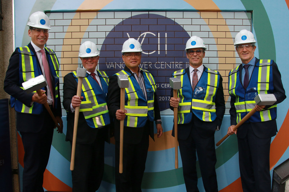 GWL Realty Advisors officially begin construction of Vancouver Centre II. Left-right: Nick MacRae, Healthcare of Ontario Pension Plan; Stephen Taylor, Healthcare of Ontario Pension Plan; Raymond Louie, Acting Mayor, City of Vancouver; Paul Finkbeiner, GWL Realty Advisors; James Midwinter, GWL Realty Advisors. (CNW Group/GWL Realty Advisors)
