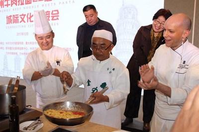 Chef Ma Wenbin learns to make pasta with Chef De Cuisine Amedeo Ferri