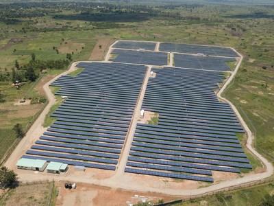 Building Energy celebra el comienzo de la producción en su planta de energía fotovoltaica en Uganda