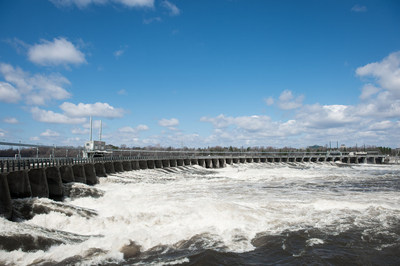 Barrage-voûte aux centrales des chutes de la Chaudière (Groupe CNW/Société de portefeuille d'Hydro Ottawa inc.)