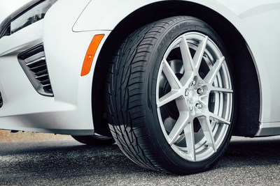 The Toyo Extensa HP II stops up to 31 feet shorter in wet conditions than its predecessor thanks to improved compounds and a new design.  Its attractive tread enhances the looks of your car.