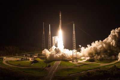 Weather finally cooperates for early morning Atlas V launch