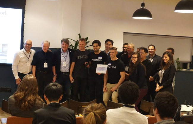 "Winning startup ""Humon"" with the jury panel, among them leaders from ASICS, WeWork and HYPE Foundation (Photo taken by : Leon Gluk)"