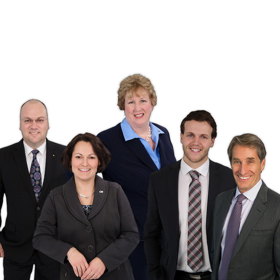 L to R: Ralph Neate, Sue Bragg, Janet Foster, Jay Anstey, and Ian H Whitton, Collins Barrow SGB LLP (CNW Group/Collins Barrow National Cooperative Incorporated)