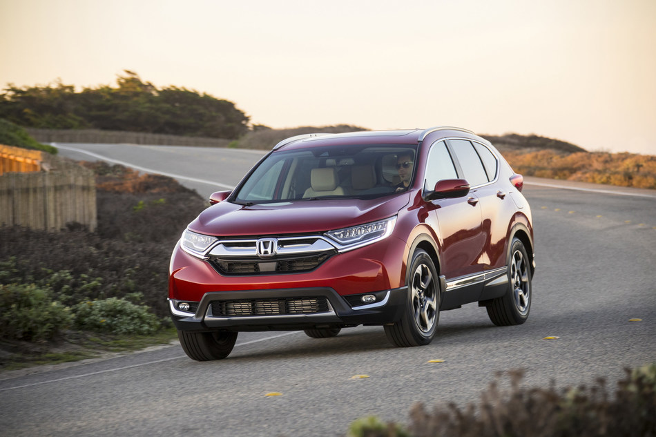 Ready to defend its title as America's best selling SUV, the 2018 Honda CR-V arrives at dealerships.