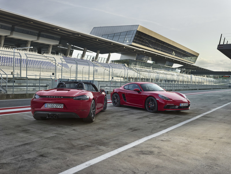 Porsche is expanding its mid-engine sports car range with the new two-seater 718 Boxster GTS and 718 Cayman GTS. (CNW Group/Porsche Cars Canada)