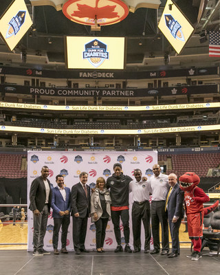 Sun Life Financial, Toronto Raptors, NBA Canada and Boys and Girls Clubs of Canada team up to launch Sun Life Dunk for Diabetes. (CNW Group/Sun Life Financial Inc.)