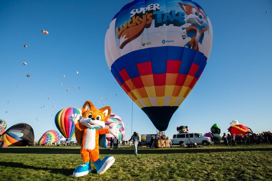 Xbox Sets Guinness World Record from a Custom Super Lucky's Tale Hot Air Balloon