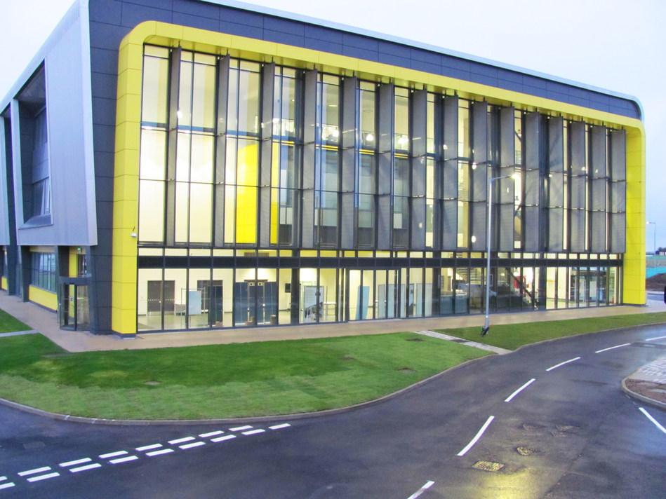 Aerospace Integration Research Centre (PRNewsfoto/Cranfield University)