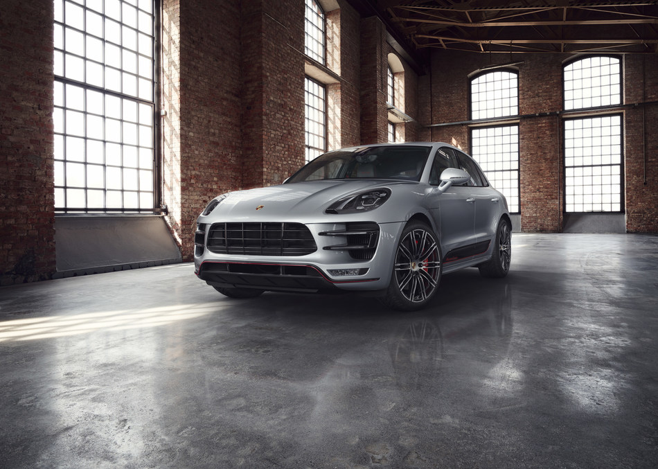 Porsche Macan Turbo Exclusive Performance Edition with 440 hp and customized details. (CNW Group/Porsche Cars Canada)