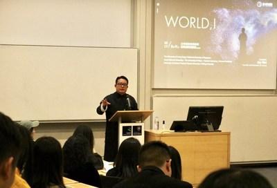 Jay Wei give a speech on the scene