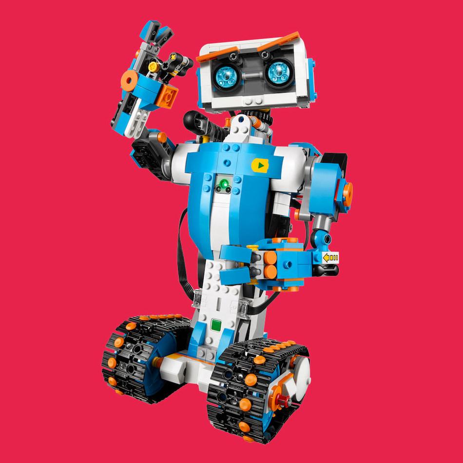 LEGO Boost (CNW Group/Mastermind Toys)