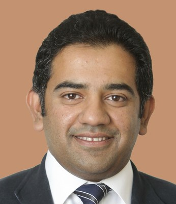 Dr. Muhammad Irfan Khan, Consultant Ophthalmologist Specialist in Paediatrics, Strabismus and Cataract, Moorfields Eye Hospital Dubai (PRNewsfoto/Moorfields Eye Hospital Dubai)