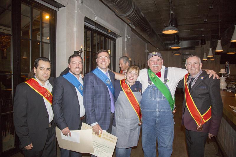 The 2017 Disciples d'Escoffier Chicago inductees (from left): Cesar Herrera, Jeff Larson, Chas Edelstein, Sarah Grueneberg, Lee Jones and Bernard Mirlycourtois.