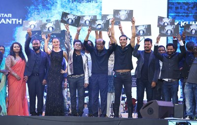 The stars of the upcoming Indian blockbuster 2.0 gathered on stage next to the Burj Khalifa in Dubai, to commemorate the film's Audio Launch, including superstar Rajinikanth, costars Akshay Kumar and Amy Jackson, director S. Shankar, producer Allirajah Subaskaran, and music composer A. R. Rahman. (PRNewsfoto/Lyca Productions)