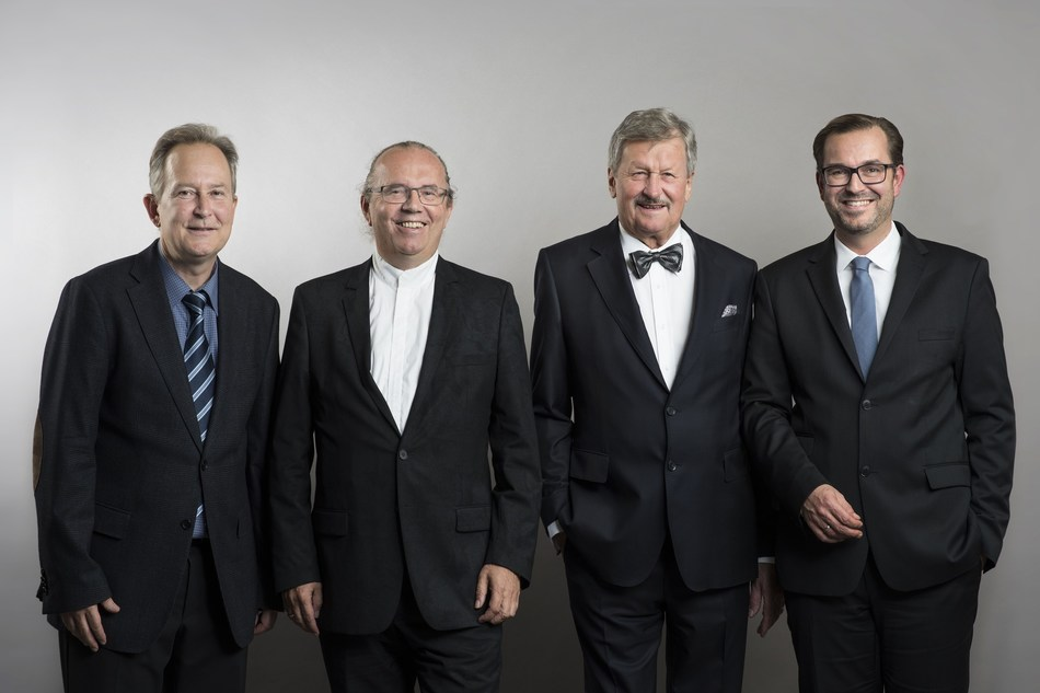 APA acquires stake in new Swiss news agency group KEYSTONE-SDA From left: Markus Schwab, CEO Schweizerische Depeschenagentur (SDA); Hermann Petz, chairman of the management board APA - Austria Presse Agentur; Hans Heinrich Coninx, chairman of the board of directors Schweizerische Depeschenagentur (SDA); Clemens Pig, CEO and a member of the management board of APA Group; Credit: KEYSTONE/Christian Beutler (PRNewsfoto/APA - Austria Presse Agentur)