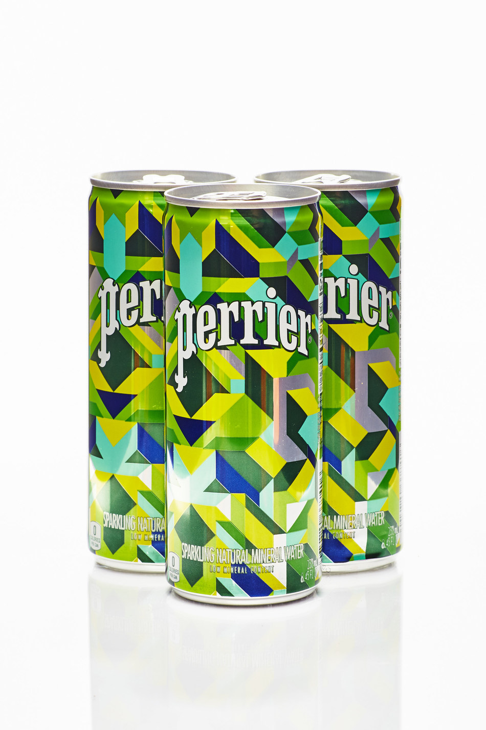 Perrier® Sparkling Mineral Water celebrates the launch of its limited-edition packaging, featuring original designs by artist Eric Rieger, also known as HOTTEA. (Credit: Patrick MacLeod for Perrier Sparkling Natural Mineral Water)