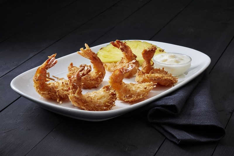 Red Lobster® is offering a variety of delicious appetizers as part of its special Veterans Day menu, like Parrot Isle Jumbo Coconut Shrimp, hand-dipped and tossed in flaky coconut, fried until perfectly crisp and served with its signature piña colada sauce.