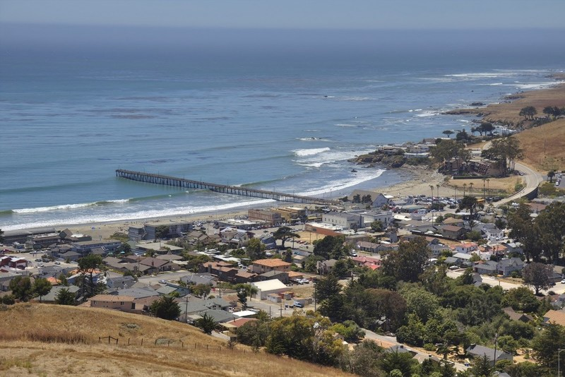 small ca surfer town with white sandy beaches waves western