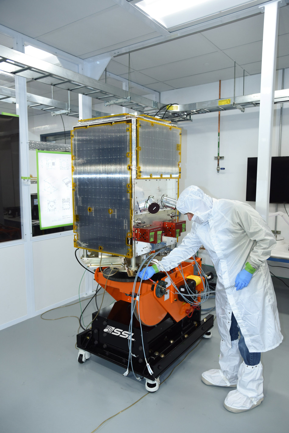 Six SSL-built Earth imaging small satellites for Planet were successfully launched. (CNW Group/SSL)