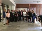 La ministre Christine St-Pierre en compagnie des représentants d'entreprises et d'organismes québécois ayant participé à la mission commerciale d'Export Québec à Cuba. (Groupe CNW/Cabinet de la ministre des Relations internationales et de la Francophonie)
