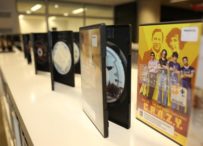 Bibliothèque et Archives nationales du Québec lance une nouvelle collection de films avec vidéodescription produite par le CRIM. (Groupe CNW/Bibliothèque et Archives nationales du Québec)
