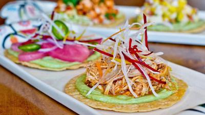 Tostada de tinga de pollo _crédito Visit San Antonio (PRNewsfoto/Visit San Antonio)