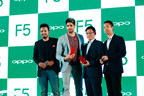 OPPO Brand Ambassador, Sidharth Malhotra with Will Yang, Brand Director OPPO India and Mr Sky Li, President OPPO India and Vice President Global, OPPO (PRNewsfoto/OPPO)
