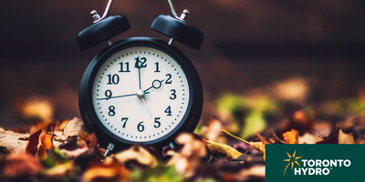 Clocks turn back an hour this weekend to mark the end of Daylight Savings Time. Toronto Hydro is reminding drivers, pedestrians and cyclists to use extra caution on the roads during this time. (CNW Group/Toronto Hydro Corporation)