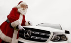 """Mercedes-Benz vehicles will play reindeer at the Toronto Santa Claus Parade on Sunday, November 19. Mercedes-Benz Canada will provide the Santa Claus Parade with a fleet of 30 grey, silver and – most fitting – """"Polar White"""" GLE and GLS SUVs to pull the parade's festive floats along the route. (CNW Group/Mercedes-Benz Canada Inc.)"""