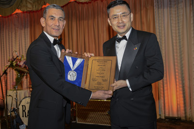 HNA Group CEO Honored with 2017 Calvary Medal for Distinguished Leadership