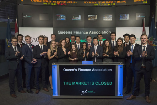 Friday, November 3, 2017: Queen's Finance Association Conference 2017 (QFAC) Closes the Market - Kanak Nagee, Co-Chair, Queen's Finance Association, joined Deanna Dobrowsky, Vice President, Regulatory, TMX Group to close the market. In its 11th year, QFAC is a student-run conference focused on providing students with practical knowledge of finance and the capital markets to help facilitate their transition into careers in the financial services industry. The conference feature keynote addresses, interactive workshops, and a M&A simulation in addition to luncheons, dinners, and evening social events. The conference takes place at Fairmont Royal York in Toronto, Ontario and will run from November 2-5. For more information please visit www.qfac.ca/ (CNW Group/TMX Group Limited)