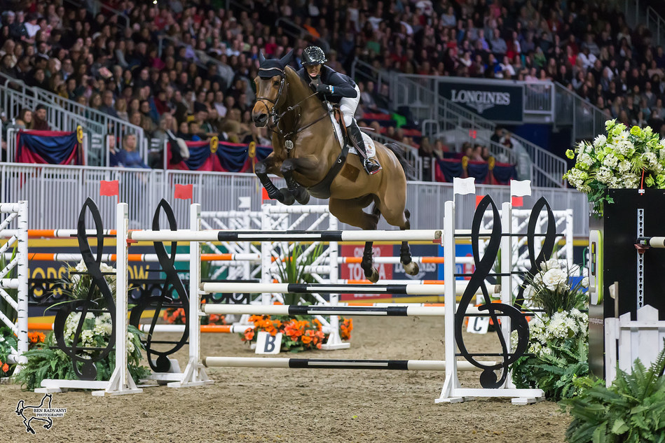 Amy Millar of Perth, ON, claimed her first Canadian Show Jumping Championship title riding Heros on Saturday, November 4, at the Royal Horse Show in Toronto, ON. Photo by Ben Radvanyi Photography (CNW Group/Royal Agricultural Winter Fair)
