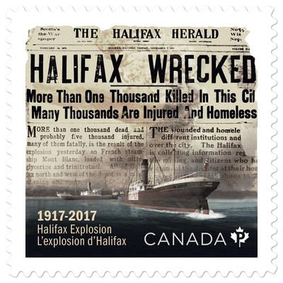 Le timbre commémoratif de l'explosion qui a secoué la ville d'Halifax le matin du 6 décembre 1917. (Groupe CNW/Postes Canada)