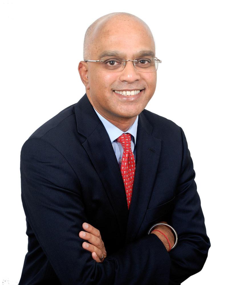 Ivanhoé Cambridge nomme Chanakya Chakravarti au poste de vice-président, Inde, Marchés en croissance (Groupe CNW/Ivanhoé Cambridge)