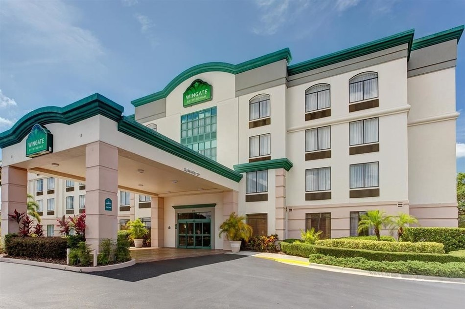 Wingate by Wyndham Tampa, FL (CNW Group/ONE Lodging Management Inc.)