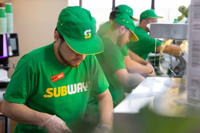 Subway celebrated its first ever World Sandwich Day on Nov. 3, 2017 by donating more than 13.3 million meals to more than 20 hunger-relief charities. Nearly 200,000 meals were donated to hunger-relief charities in Europe. In Berlin, Germany, Sandwich Artists™ diligently make sandwiches for customers who joined the World Sandwich Day celebration.