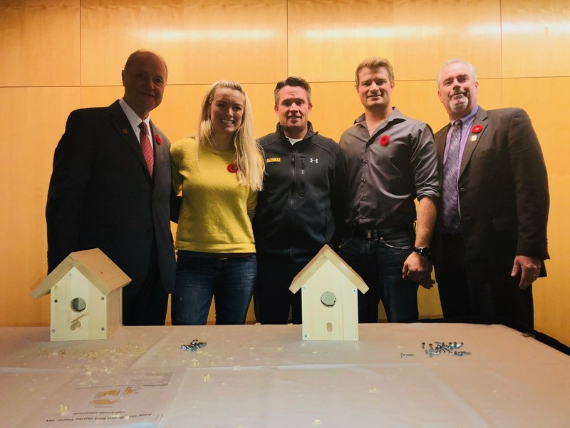 John Oates, Kate Campbell, Spencer Mottus, Aaron Taves and Malcolm Haines participate in a birdhouse challenge during the official launch of the 2017 National Skilled Trades and Technology Week. (CNW Group/Skills/Compétences Canada)