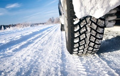 Allstate provides tips for driving in snowy or rainy conditions: www.Allstate.com/BestDriversReport