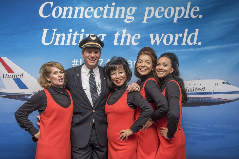 United says farewell to the Queen of the Skies with final flight from SFO to HNL.