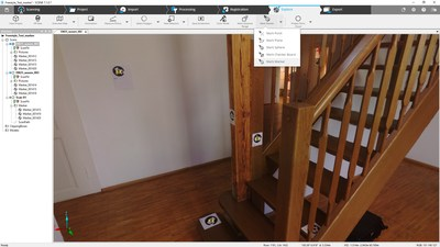 Captura de tela do SCENE 7.1, com os marcadores do Freestyle3D detectados automaticamente em um projeto registrado pelo Freestyle3D e pelo Laser Scanner Focus 3D.