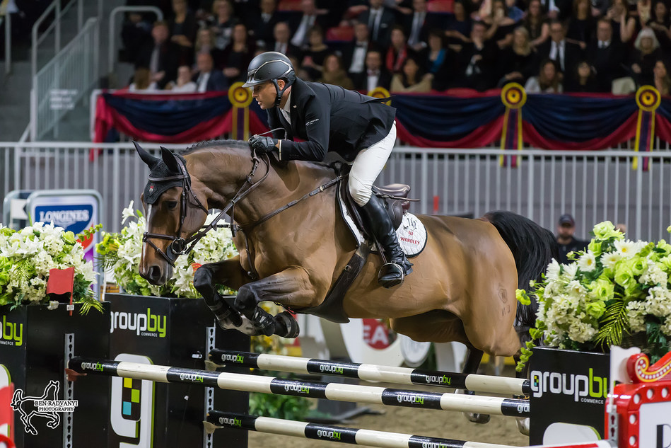 New Zealand Olympian Sharn Wordley jumped double clear aboard Barnetta to finish third in the $150,000 Longines FEI World Cup™ Jumping Toronto on Wednesday night, November 8, at the CSI4*-W Royal Horse Show in Toronto, ON. Photo by Ben Radvanyi Photography (CNW Group/Royal Agricultural Winter Fair)