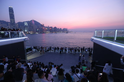 """Hong Kong's Largest Shopping Mall """"Harbour City"""" has opened the newest tourist attraction, """"Ocean Terminal Deck"""", to the public."""