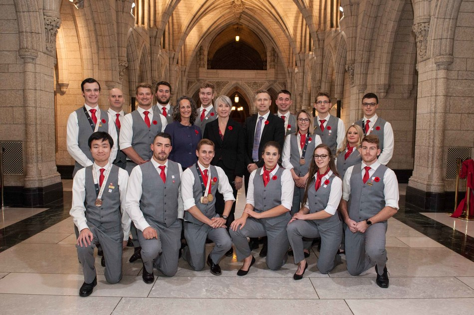 WorldSkills Team Canada 2017 Members with the Hon. Patty Hajdu, Minister of Employment, Workplace Development and Labour, Shaun Thorson, CEO of Skills/Compétences Canada (SCC), Lisa Frizzell from the SCC National Board of Directors, and Luc Morin, Team Leader, at Parliament Hill, in Ottawa. (CNW Group/Skills/Compétences Canada)