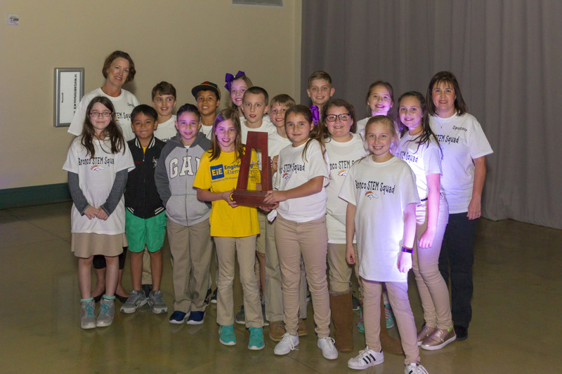 Design Challenge winning team, Bronco STEM Squad of Moss Bluff Elementary, proudly displaying their award.