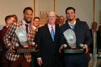 Arenado and Buxton win 2017 Rawlings Platinum Glove Awards™